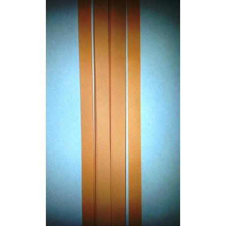 Ferskenfarvede strimler